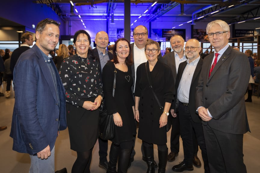 Den norske delegasjonen på flyplassåpningen