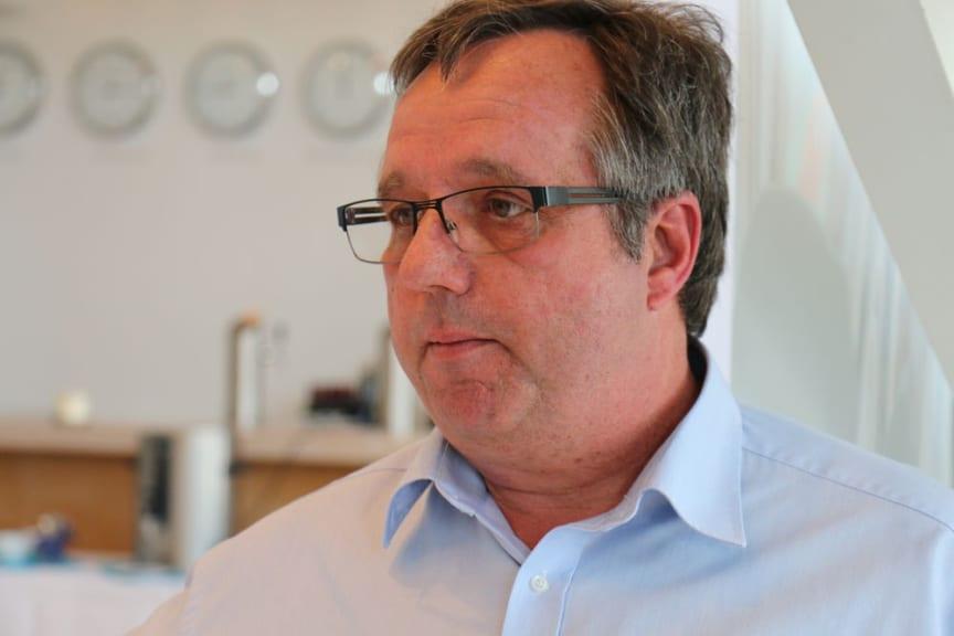 Stefan Ibold beantwortet Fragen zum Thema Windsogsicherung