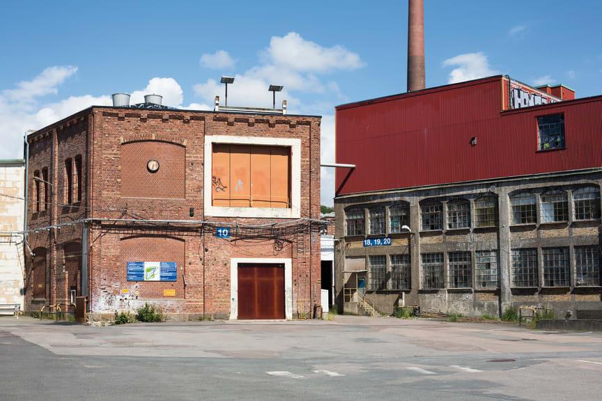 Forsåker_Exteriör äldre fabriksbyggnad