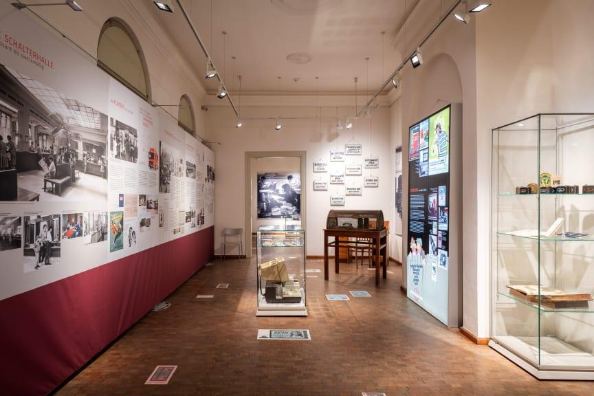 Ausstellung 200 Jahre Sparkasse in Mittelthüringen - Ausstellungsraum 1