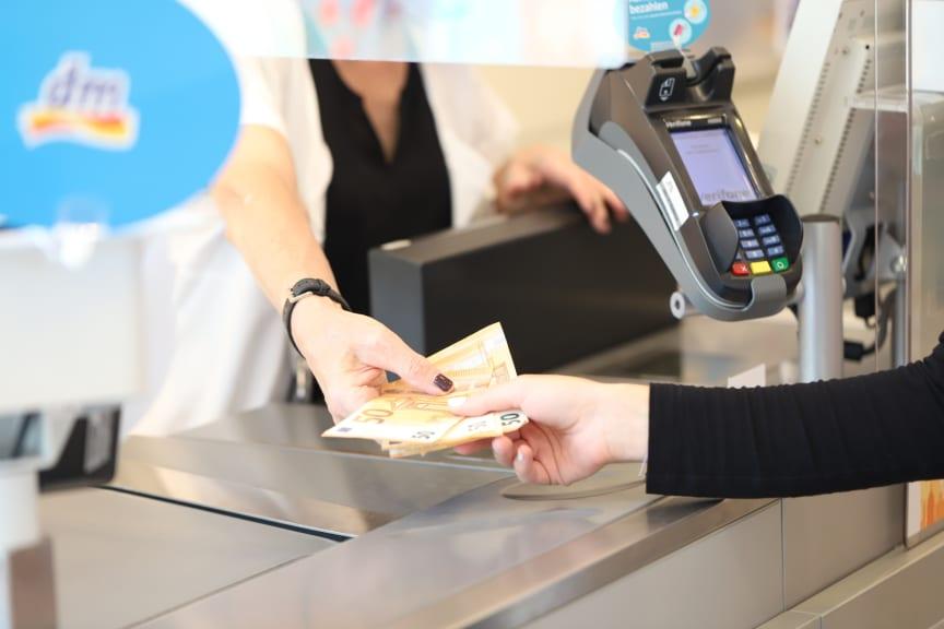 dm Bargeldservice Visa