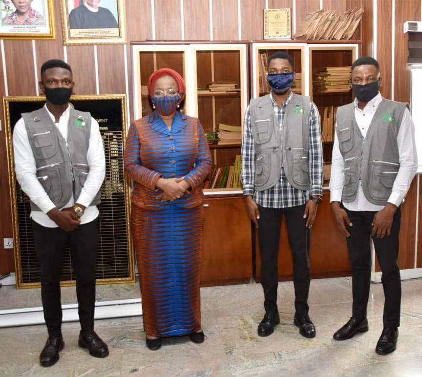 Minister of State Environment Nigeria with Climate Change Teachers.jpeg