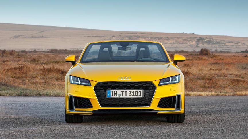Audi TT Roadster S-line (vegasgul) statisk forfra
