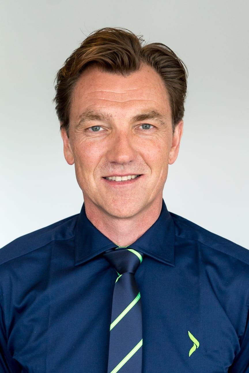 Erik G Sønsterud