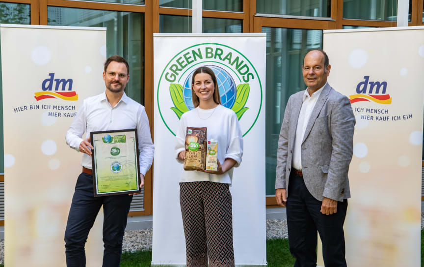 GREEN BRANDS: Auszeichnung für dmBio 2021/22