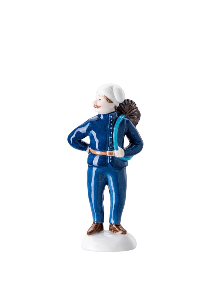 HR_Collector's_Items_2020_Figurine_1_10_cm