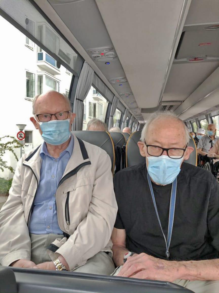 Alle der kørte med bussen havde mundbind på