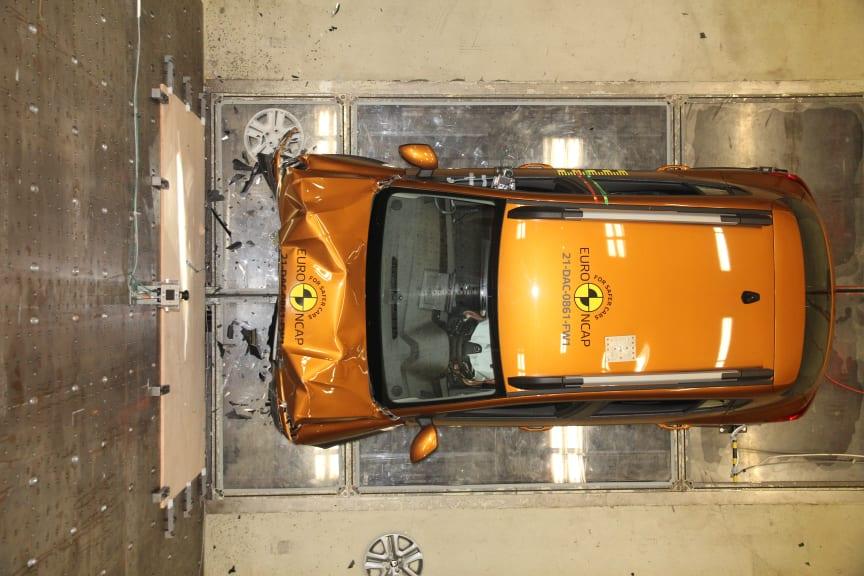 Dacia Sandero Stepway full width rigid barrier - after test - April 2021.jpg