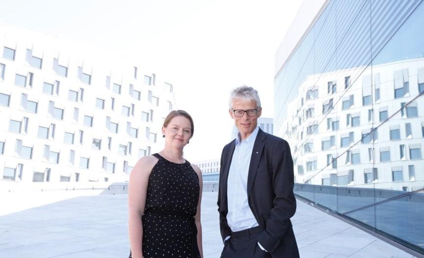 SAMMEN OM SIKKERHET. Skattedirektør Hans Christian Holte og Sopra Sterias sikkerhetsekspert Lillian Røstad sitter begge i regjeringens IKT-sikkerhetsutvalg.