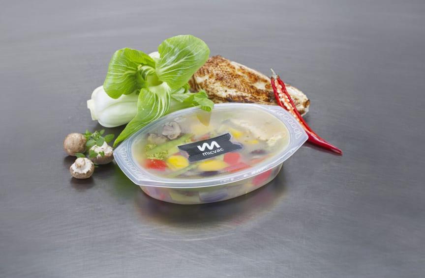 MICVAC_vegetables_chicken_lid