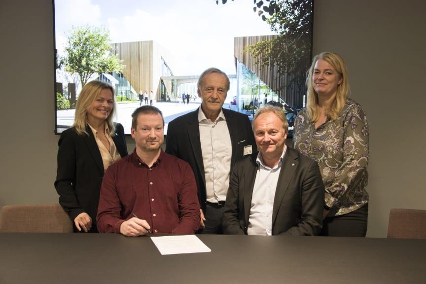 Norconsult kjøper SG arkitektur på Hønefoss_signering_foto Norconsult