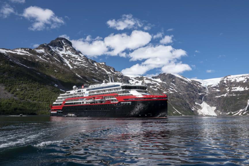 Isfjord-Norway-HGR-143331- Photo_Andrea_Klaussner.JPG