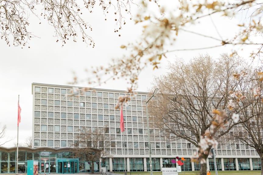 VoiceBridge Gegensprechanlage für Zentral- und Landesbibliothek Berlin: Bessere Verständigung, leichteres Arbeiten