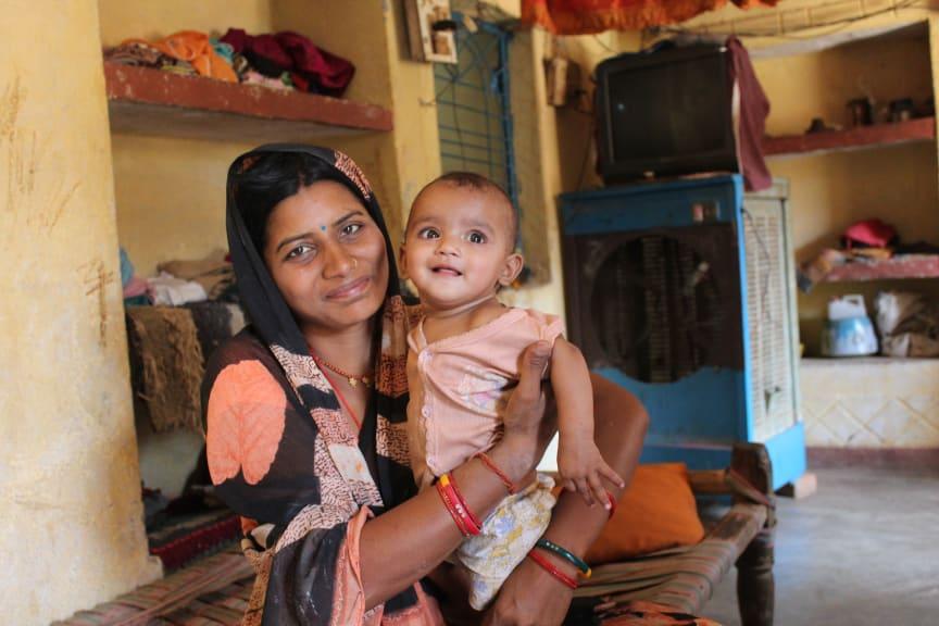 Mrs Chanda, Mamma från Indien