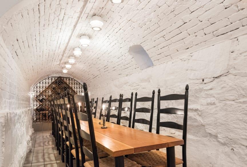 Conference-wine-cellar-clarion-collection-hotel-Bilan