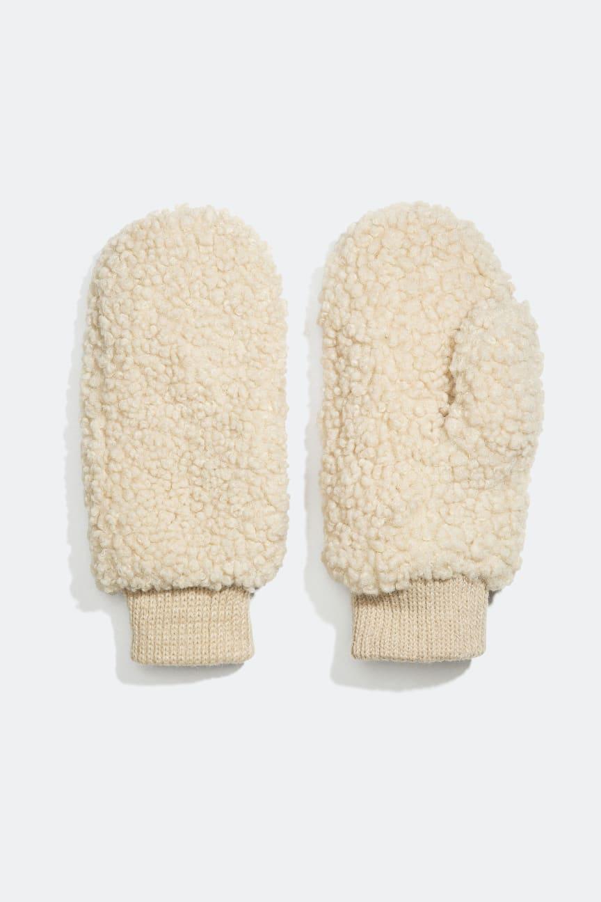 Gloves - 149 kr