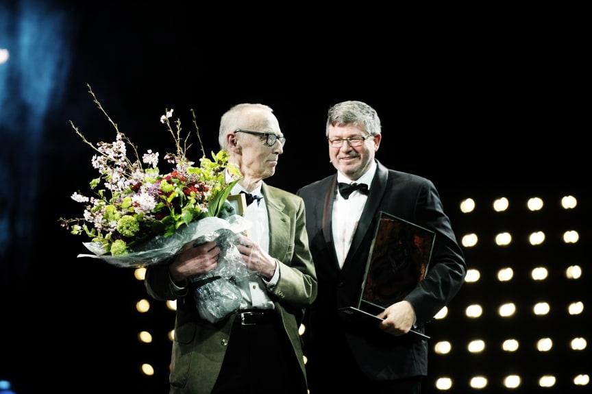 Klaus Hoffmeyer modtog Bikubens Hæderspris 2013