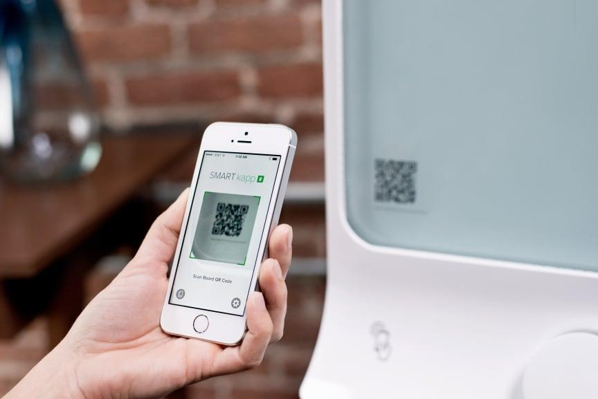 SMART kapp ansluter iPhone via QR-kod