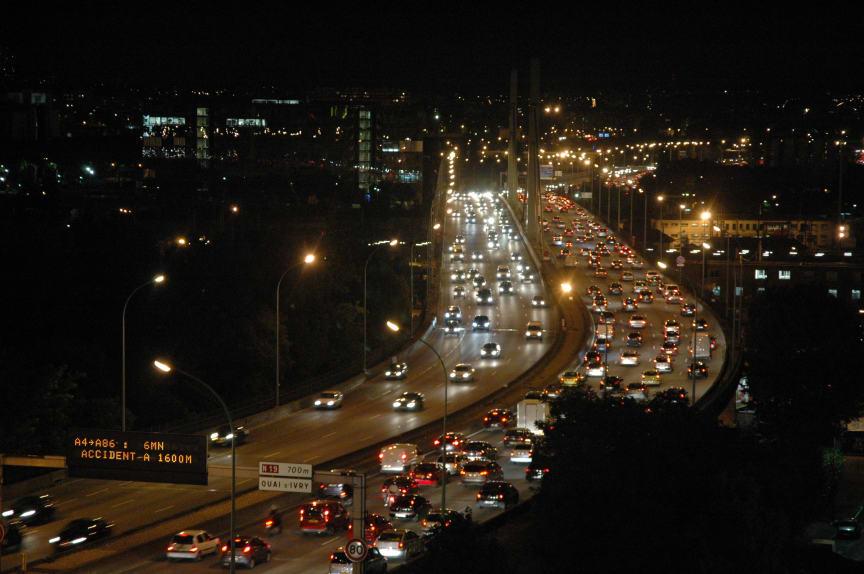 Trafik bilkö natt