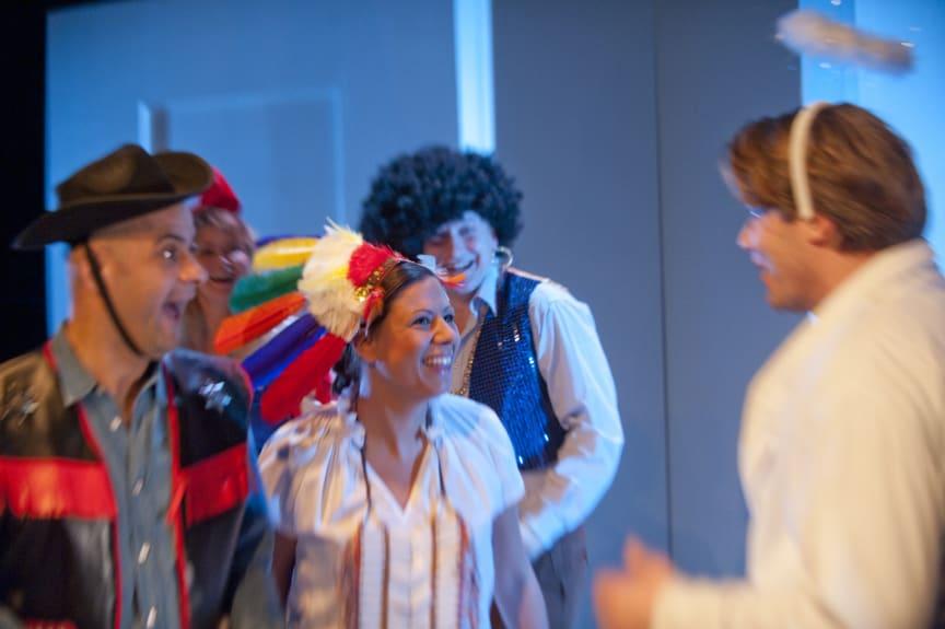Apatiska för nybörjare avslutar Riksteaterturné på Folkteatern Göteborg 27, 28 och 29 mars.