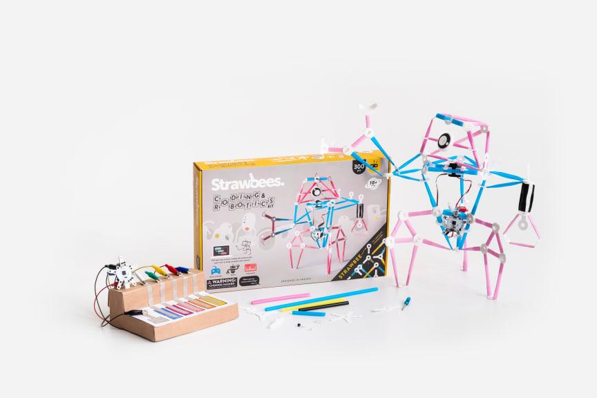 Strawbees_coding & robotics kit