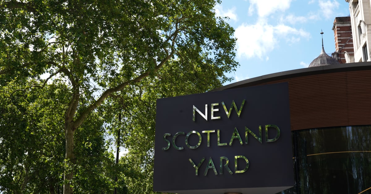 Man charged with murder of two people in Westminster thumbnail