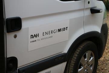 RAH EnergiMidt og Ringkøbing-Skjern Boligforening indgår aftale om fibernet til 1600 lejemål