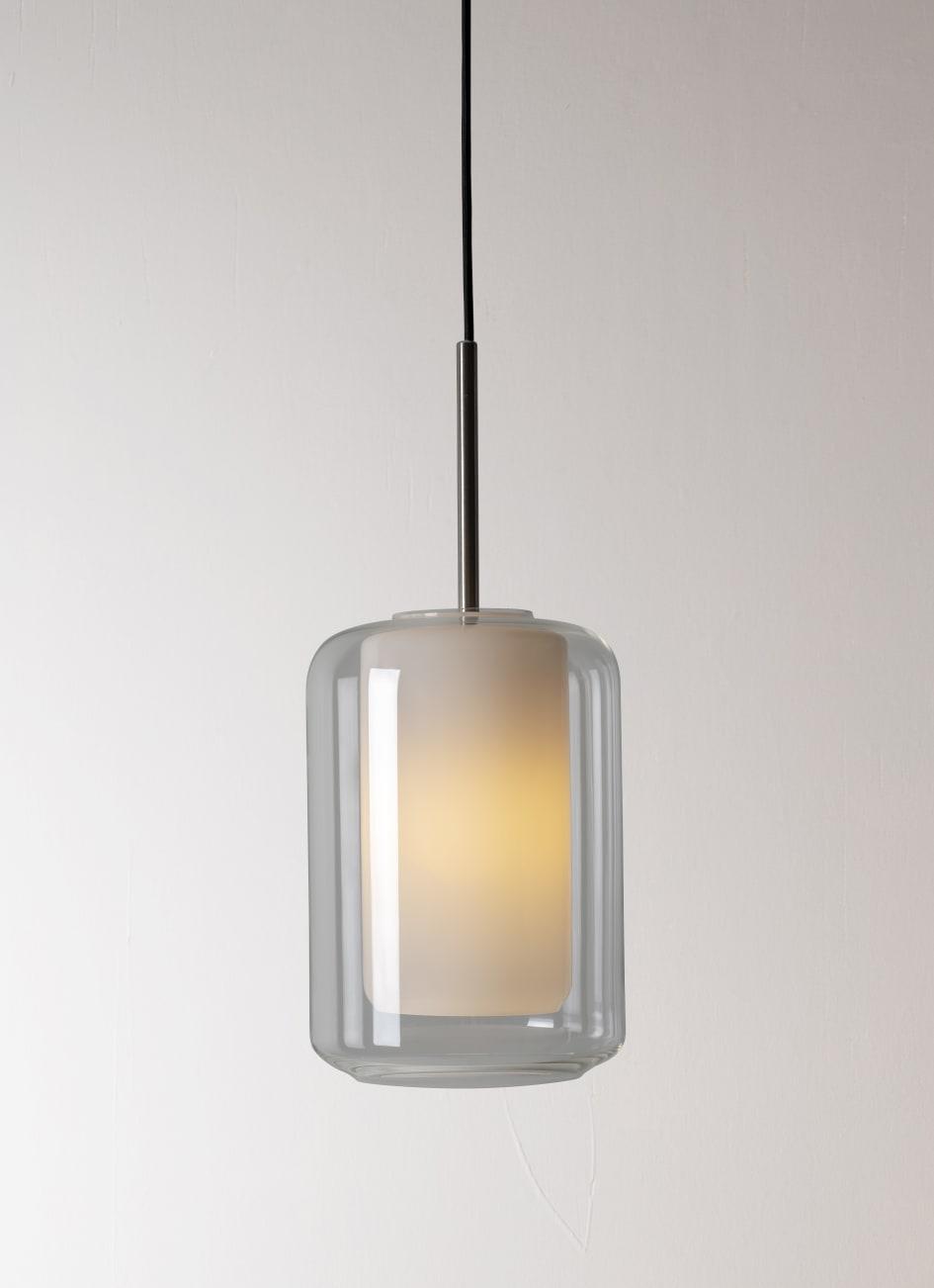 Norske designlamper fra 1900 tallet blir blåst på nytt på