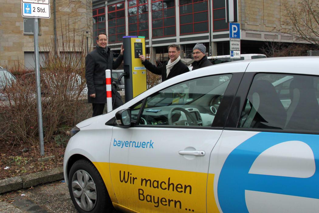 bayernwerk nimmt lades ule f r elektroautos in bayreuth in. Black Bedroom Furniture Sets. Home Design Ideas