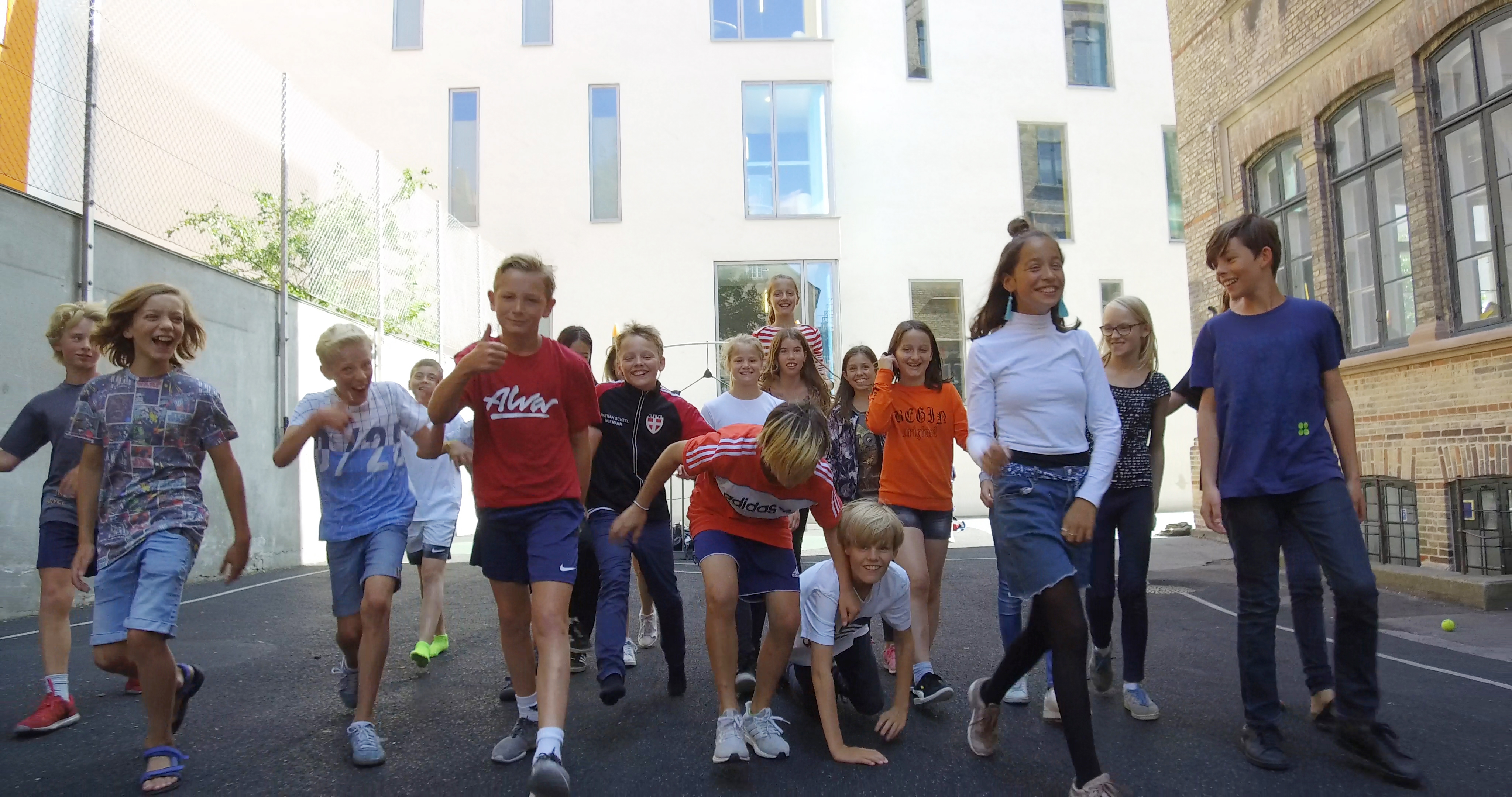 Jyske landmænd inviterer københavnerbørn på tre dages gårdbesøg