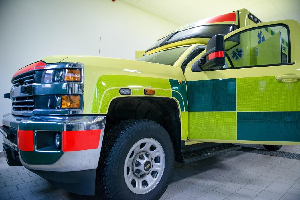 Den mobila bedömningsenheten är i grunden är den en fullt utrustad ambulans bemannad med en erfaren sjuksköterska från ambulansen.