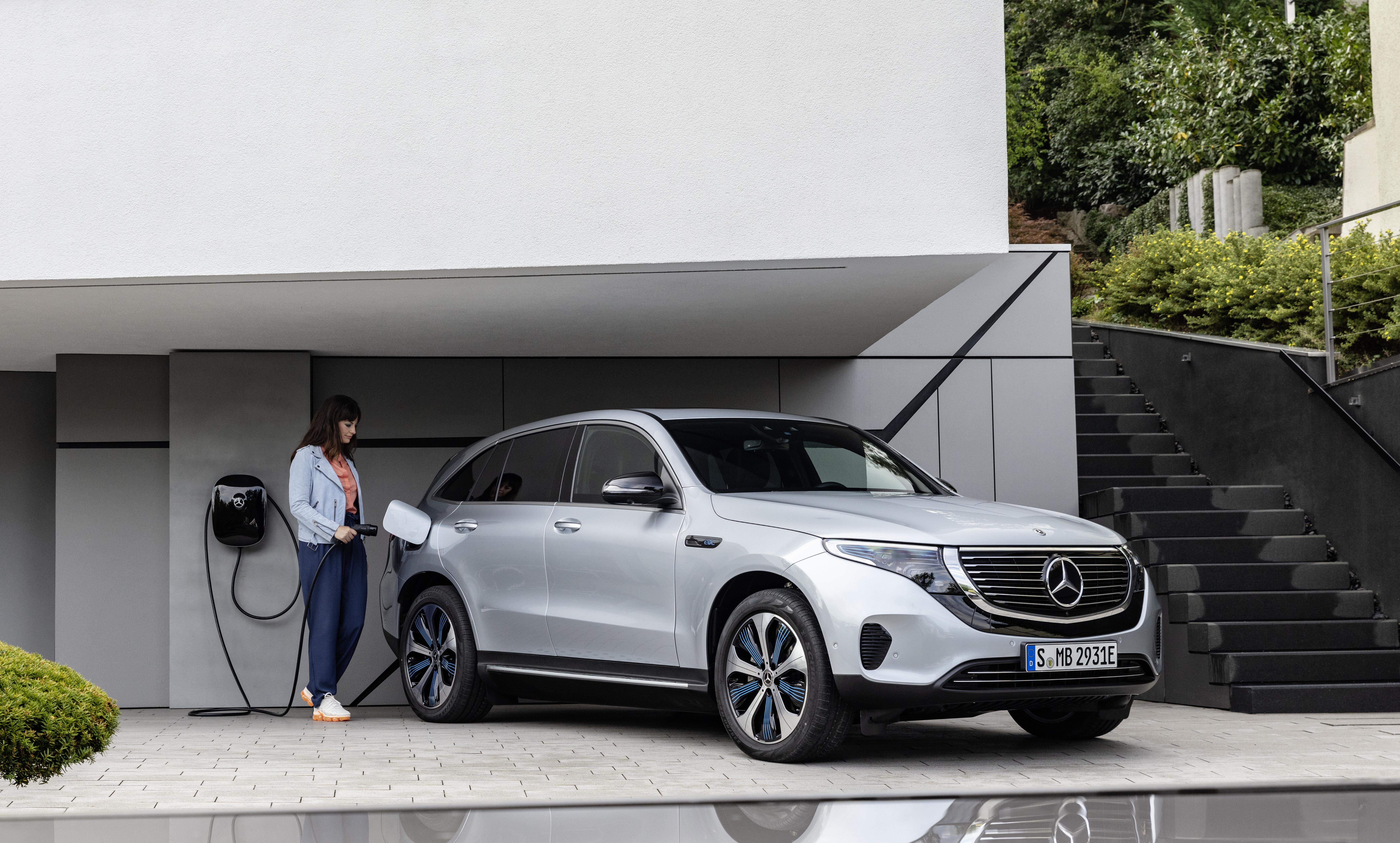 Mercedes visar tre helelektriska bilar på eCarExpo