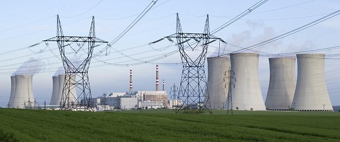Suomen ensimmäinen uusien ydinvoimalaitosohjeiden mukaisesti auktorisoitu tarkastaja