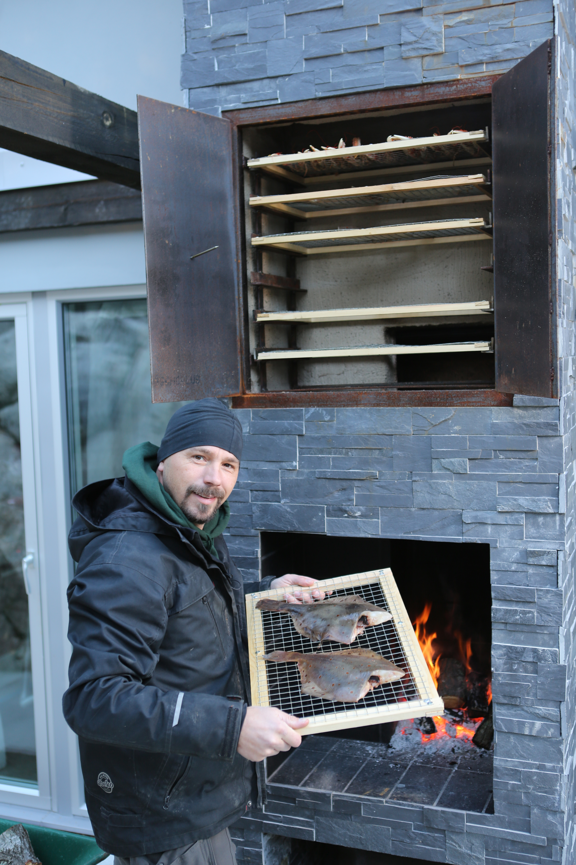 Bjørn bygger bo – Murt røykovn 1