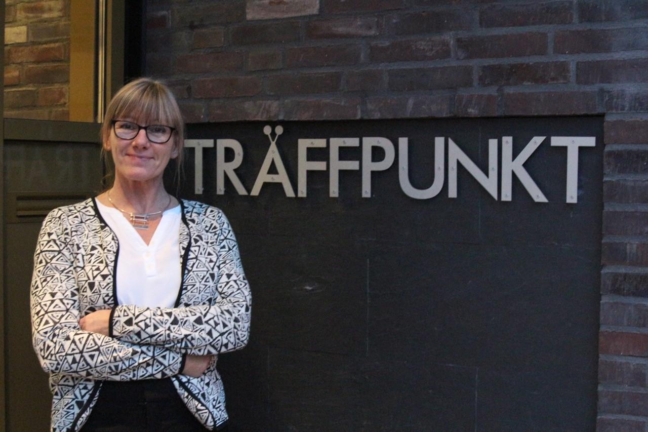 Katarina Hammar är aktivitetssamordnare på den nya träffpunkten för seniorer.
