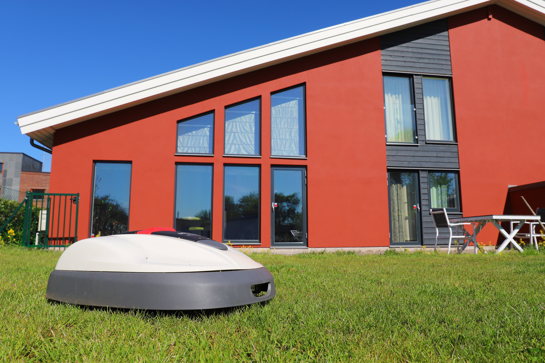 DIY – Mura ett garage till robotgräsklipparen 1
