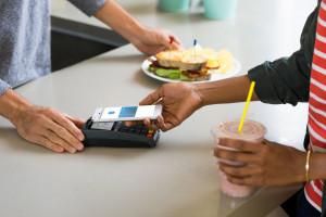 Google Pay saatavilla Visa-kortin haltijoille Suomessa