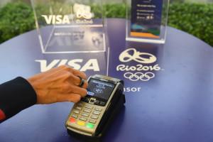 """Visa feiert 30 Jahre olympische Partnerschaft mit neuen Wearables und einem starken """"Team Visa"""" in Rio 2016"""