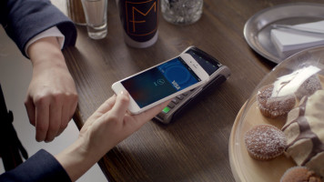 "Visa Europe unveils new Visa / Apple Pay ""Ready"" campaign"