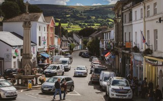 CRICKHOWELL HIGH STREET CROWNED 'UK'S BEST' IN  GREAT BRITISH HIGH STREET AWARDS