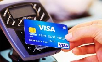 Un report di Visa ci dice chi sono i turisti più spendaccioni in Italia (e cosa comprano)