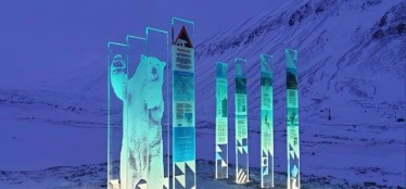 Tillsammans med Tibe-T reklambyrå har LINK Arkitektur designat nya informationsstationer på Svalbard