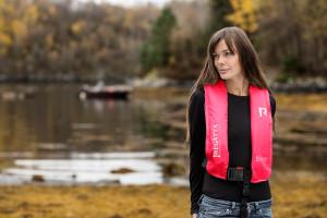 Bild med länk till högupplöst bild Regatta Aquasafe - Pink Survival miljöbild