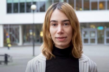 """Charlotte forskar om """"knowledge work"""" och avancerad digital plattformsteknik"""