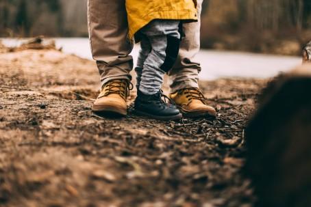 Hur kan förebyggande socialt arbete på familjecentraler stödja föräldrar som migrerat till Sverige?
