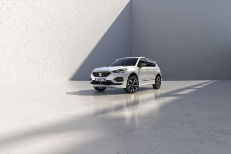 Ny motorvariant og sportsligt FR-udstyr til SEAT Tarraco