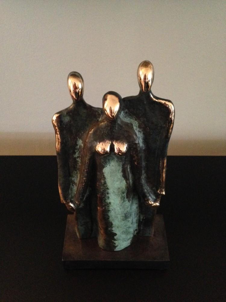 'Årets Folkehjælper' skulptur. Kunstner Annette Ravn
