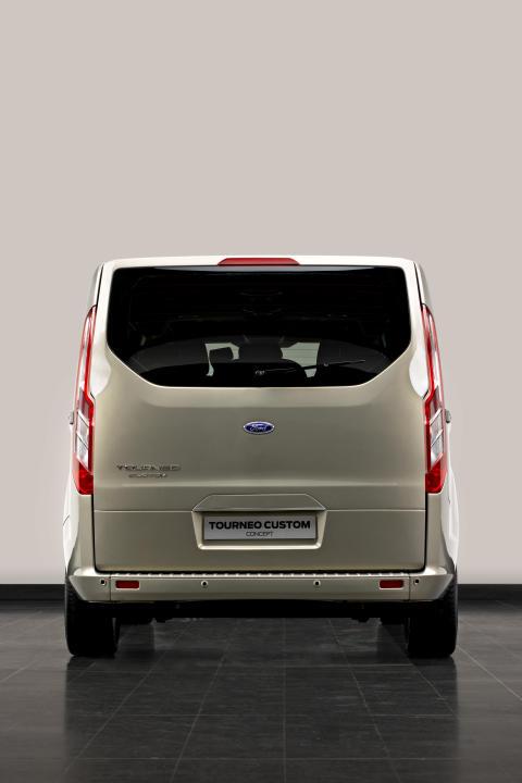 Ford Tourneo Custom - rakt bakifrån