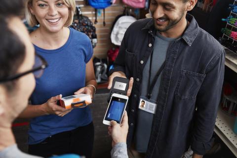 Ny studie: Så vill nordiska konsumenter och handlare betala i framtiden