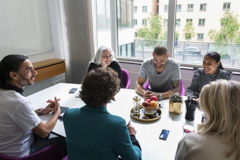 Varannan ideell styrelse behöver stärka sin finansiella kunskap